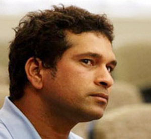 sachin tendulkar says i am lucky that living on the moments