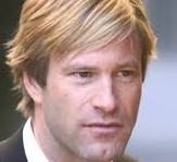 aaron-eckhart-hollywood-07012014