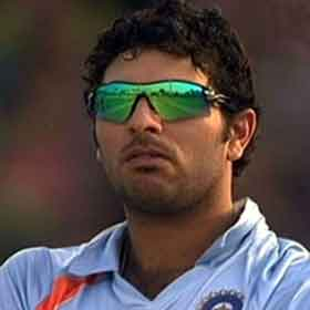yuvraj-singh-is-upset-05201128